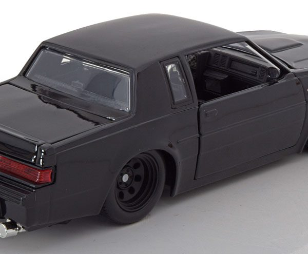 "Buick Grand National Dom's ""Fast & Furious"" Zwart 1-24 Jada Toys"
