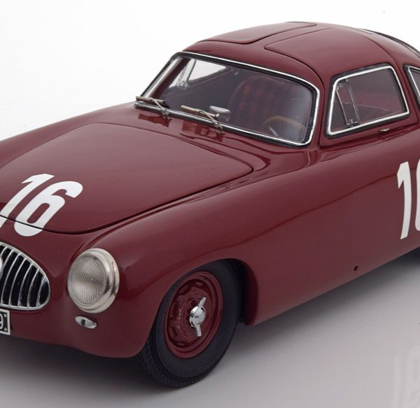 Mercedes-Benz 300SL (W194) #16 GP von Bern 1952 1:18 CMC Limited 1500 pcs.