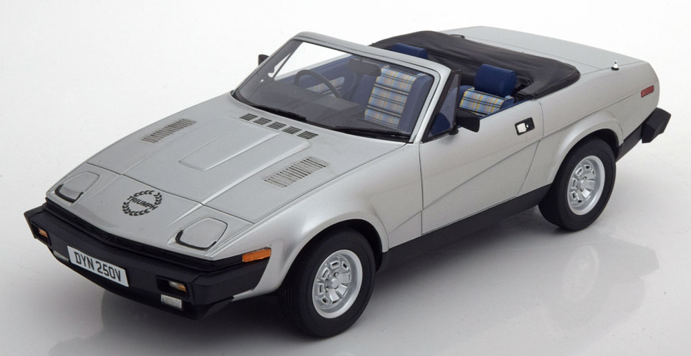 Roadster-Triumph-TR7-DHC-Cult-Scale