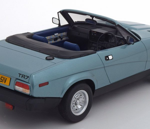 Triumph TR7 DHC Roadster 1980 blauw Metallic 1-18 Cult Scale Models Limited ( Resin )