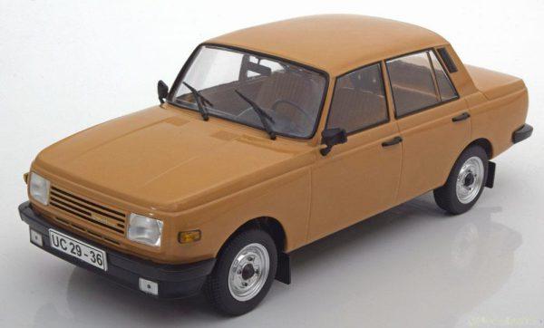 Wartburg 353 Bruin 1:18 MCG Models