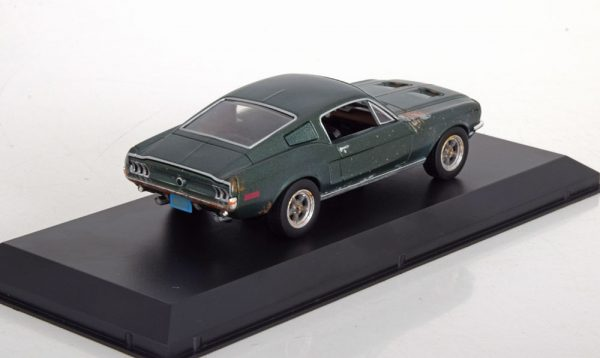 "Unrestored Ford Mustang GT Fastback 1968 'Steve McQueen"" Groen 1-43 Greenlight Collectibles"