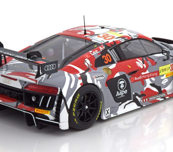 "Audi R8 LMS No.30, FIA GT World Cup 2015 ""Lee ""1-18 Minichamps Limited 300 Pieces"