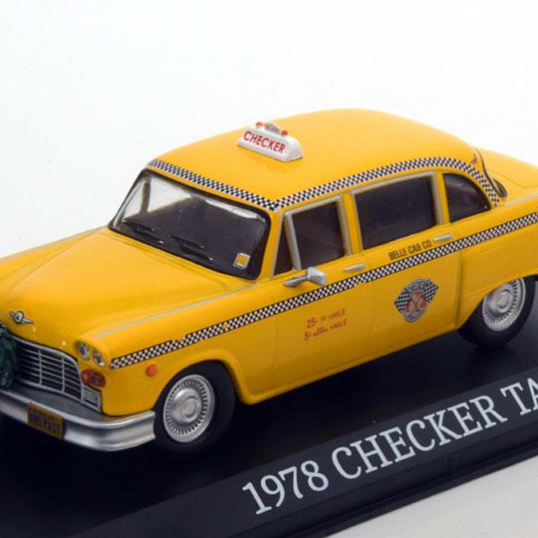 """Checker Taxi Cab """"Scrooged"""" 1978 Geel 1-43 Greenlight Collectibles"""