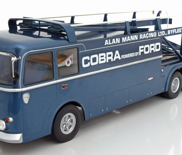 Fiat Bartoletti 306/2 Shelby Cobra Racing Transporter Alan Mann Racing Blauw 1:18 Norev Limited 1000 Pieces