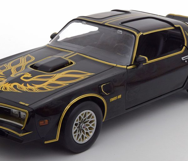 "Pontiac Trans Am ""Smokey and the Bandit""1977 Zwart / Goud 1-18 Greenlight Collectibles"