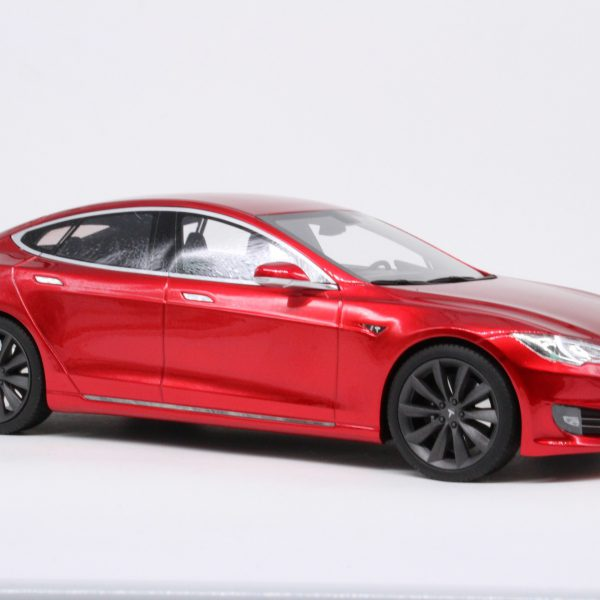 Tesla Model S Facelift Rood 1-18 LS Collectibles Limited 250 Pieces