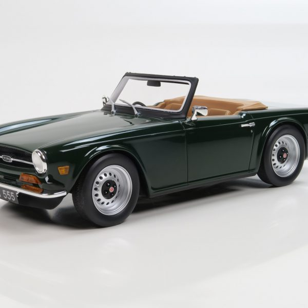 Triumph TR6 Groen 1-18 LS Collectibles Limited 1000 Pieces