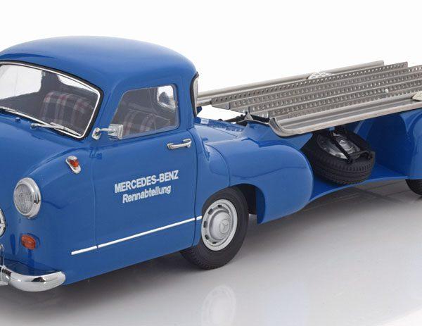 """Mercedes -Benz Renntransporter 1955 """"Das Blaue Wunder"""" Blauw 1-18 Iscale"""