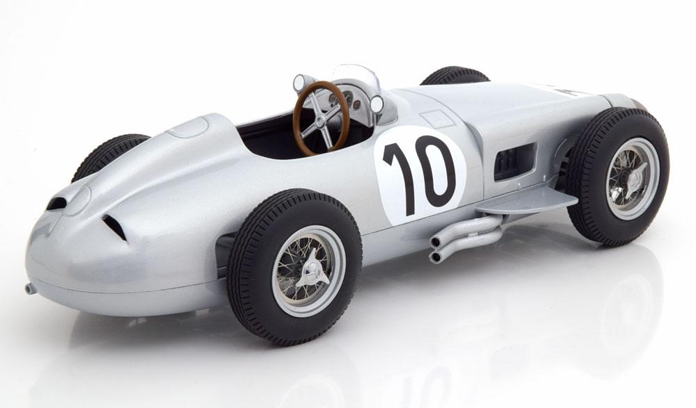 "Mercedes-Benz W196 Nr#10 GP England 1955 World Champion ""Fangio ""1-18 Iscale"