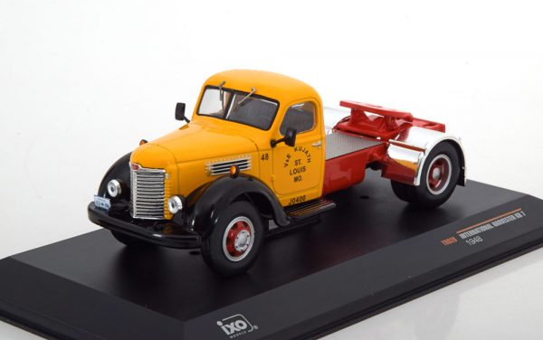 International Harvester KB7 1948 Geel 1-43 Ixo Models