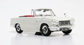 Triumph Vitesse DHC '62-'68 White 1-18 Cult Scale Models