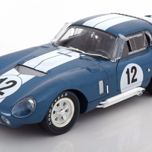 Shelby Cobra Daytona Coupe No.12, 24h Le Mans 1965 Schlesser/Grant 1-18 Blauw CMR Models