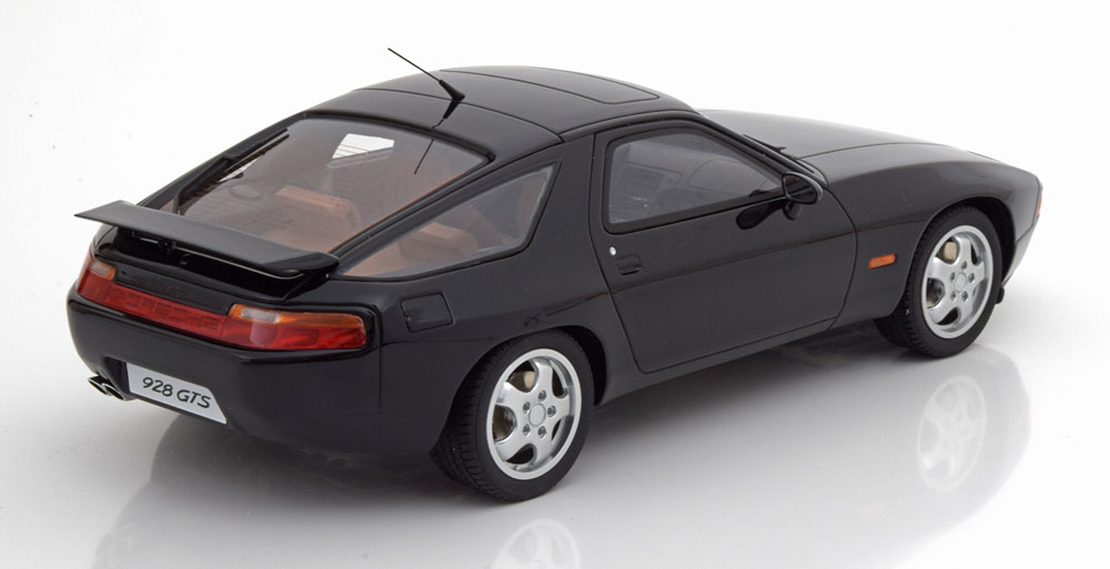 Porsche 928 GTS 1992-1995 Zwart 1-18 GT Spirit Limited Edition 999 pcs