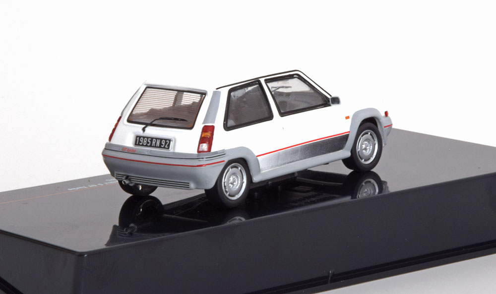 Renault 5 GT Turbo 1985 Wit 1-43 Ixo Models