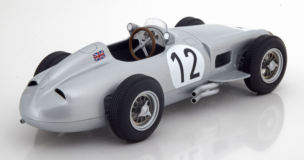 "Mercedes-Benz W196 Nr#12 Sieger GP England 1955 ""Stirling Moss ""1-18 Iscale"