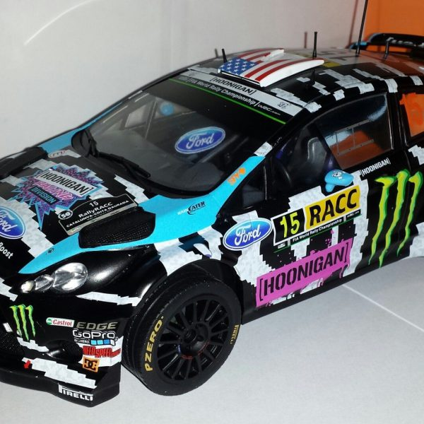 Ford Fiesta RS WRC No.15 Monster Ralley WM Catalunya K.Block/A.Gelsomin 1-18 Ixo Models
