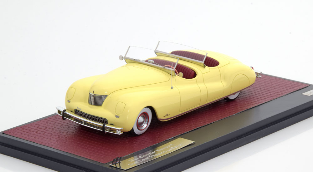 Chrysler Newport Dual Cowl Phaeton LeBaron 1941 Geel 1-43 Matrix Scale Models Limited 249 Pieces