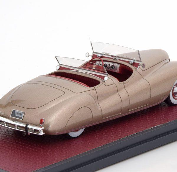 Chrysler Newport Dual Cowl Phaeton LeBaron 1941 Goud Metallic 1-43 Matrix Scale Models Limited 199 Pieces