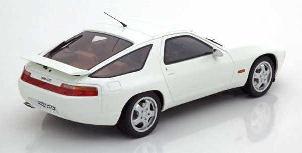 Porsche 928 GTS 1992 Wit 1-18 GT Spirit Limited 200 Pieces