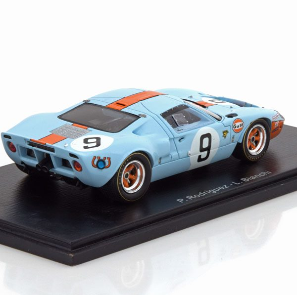 """Ford GT40 Sieger 24h Le Mans 1968 """"Gulf """"Rodriguez/Bianchi 1-43 Spark"""