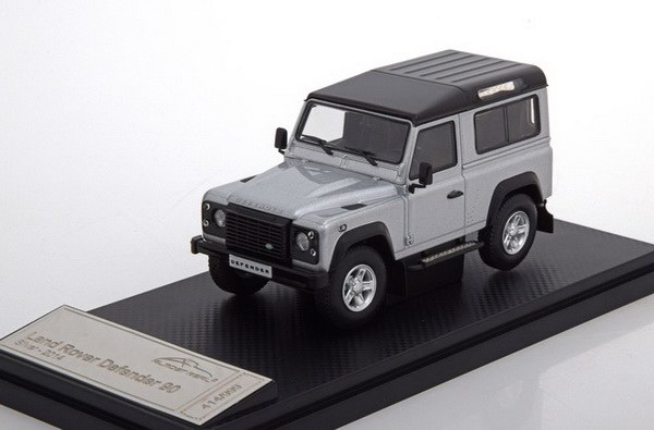 Land Rover Defender 90 2014 Zilver 1-43 Almost Real