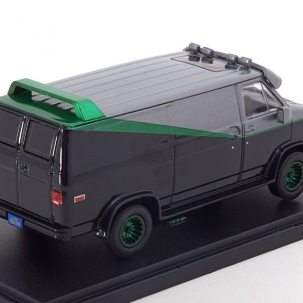"GMC Vandura ""The A-Team""1983 Zwart / Groen Metallic Velgen 1-43 Greenlight Collectibles"