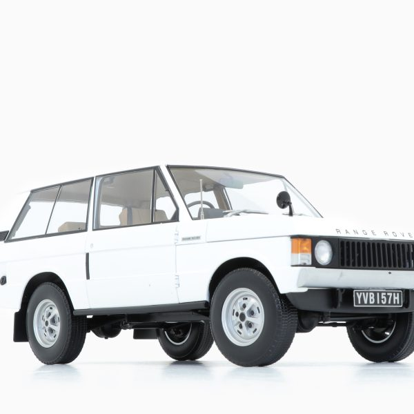 Land Rover Range Rover 1970 White 1:18 by Almost Real