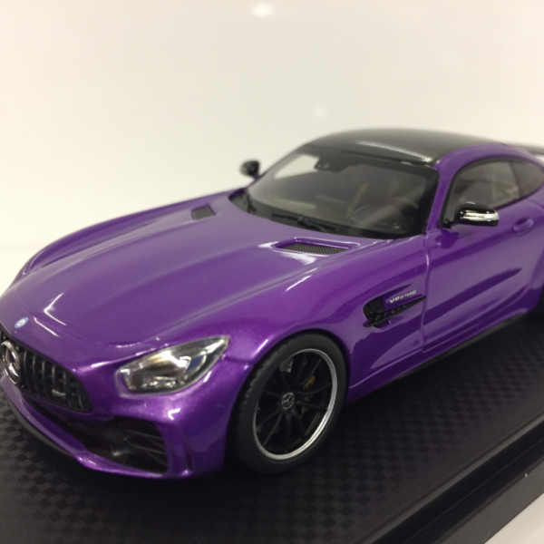 Mercedes-Benz AMG GT-R 2017 Sky Purple Metallic 1-43 Almost Real