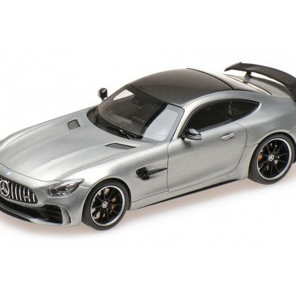 Mercedes-Benz AMG GT-R 2017 Zilver 1-43 Almost Real