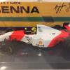 McLaren Ford MP4/8 1993 A.Senna 1-43 Minichamps