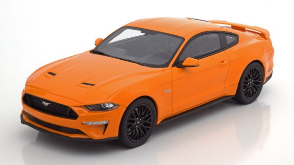 Ford Mustang Coupe 2019 Oranje Metallic 1-18 GT Spirit Limited 999 Pieces