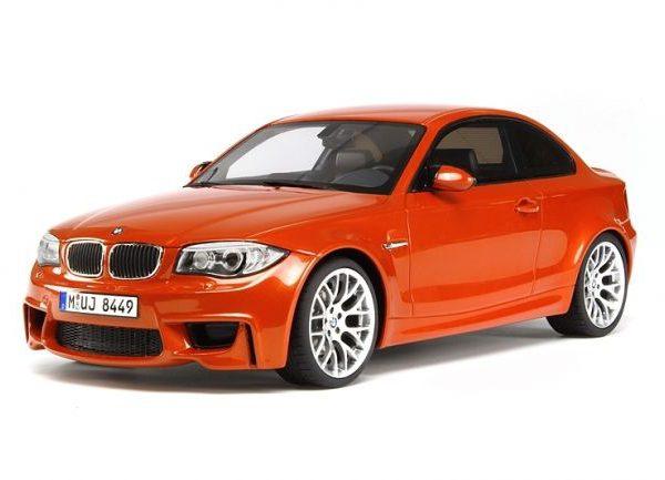 BMW 1 M Coupé 2011 - Kleur Oranje Metallic 1-18 GT Spirit Limited 2000 Pieces