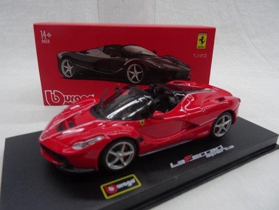 "Ferrari ""La Ferrari"" Aperta Rood 1-43 Burago Signature Series"