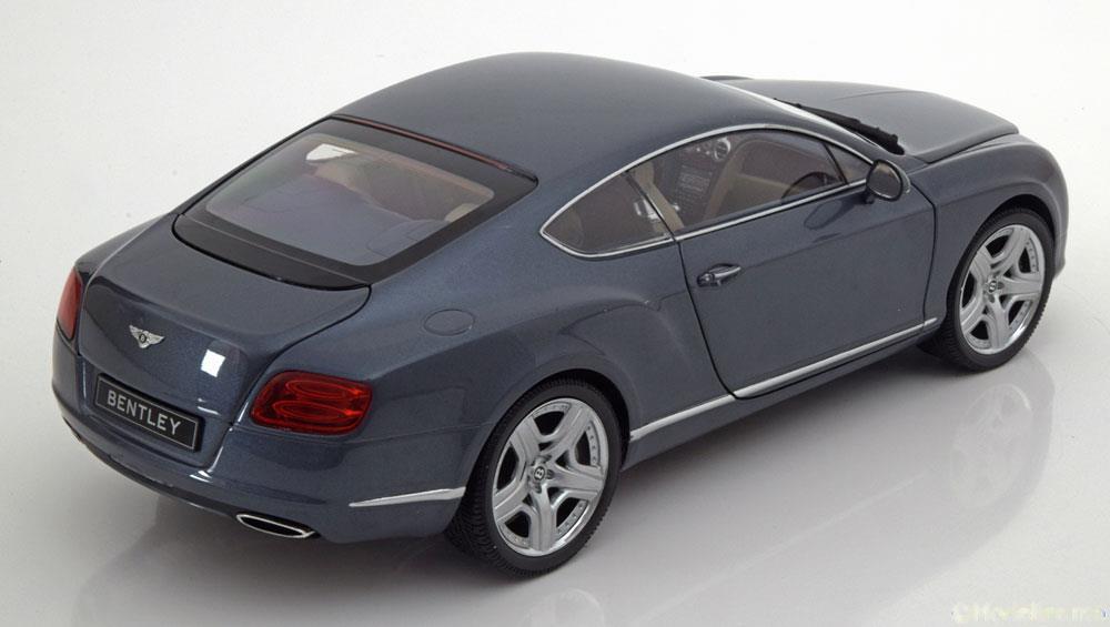 Bentley Continental GT Thunder 2011 Blauwgrijs Metallic 1-18 Minichamps Giftbox