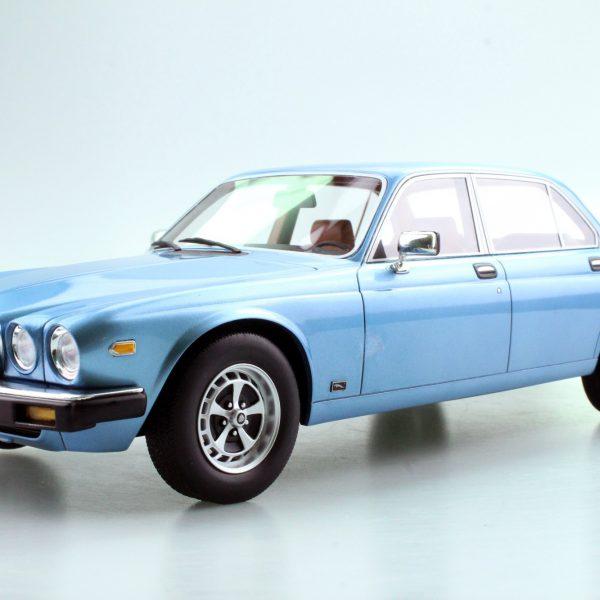 Jaguar XJ6 1982 Blauw Metallic 1-18 LS Collectibles Limited 250 Pieces