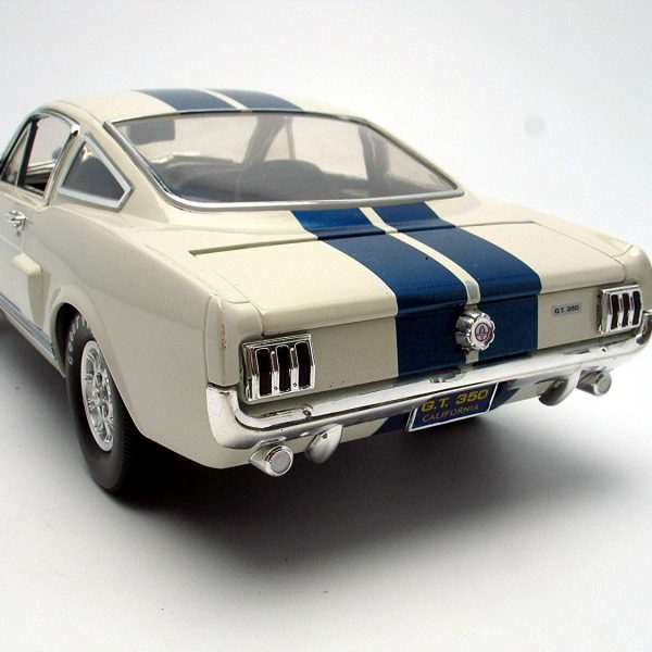 Shelby Mustang GT 350 1966 White with Blue Stripes 1/18 Shelby Collectibles