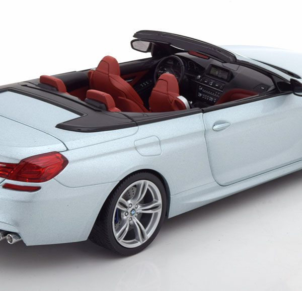 BMW M6 F12 Cabriolet 2012 Helblauw Metallic 1-18 Paragon Models