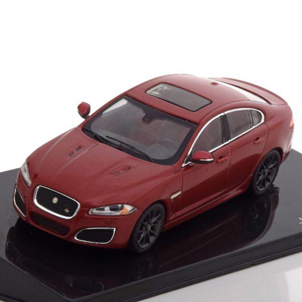 Jaguar XFR Limousine Rood Metallic 1-43 Ixo Models