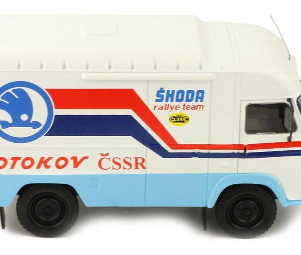 AVIA A21F 1985 Assistance Skoda Rally Team 1-43 Ixo Models