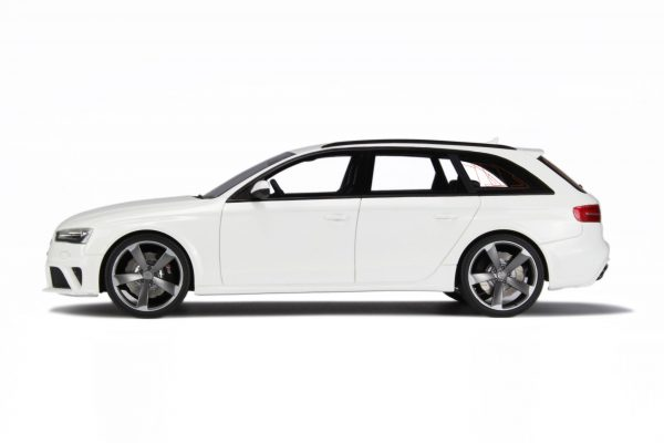 Audi RS4 (B8) Avant 2012 Wit 1-18 GT Spirit Limited 1000 Pieces