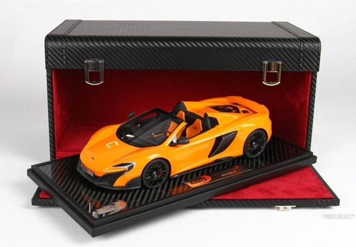 McLaren 675LT Spider 2016 ( Special Box) Oranje 1-18 BBR Limited 4 Pieces
