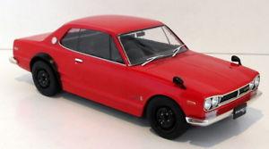 Nissan Skyline GT-R KPGC10 Rood met zwarte velgen 1:18 Tripel 9 Collection
