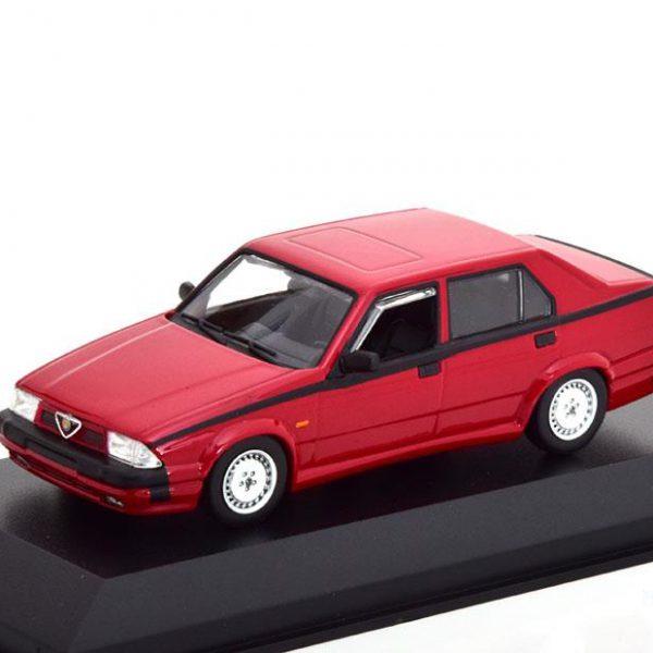Alfa Romeo 75 V6 3.0 America 1987 Rood 1-43 Maxichamps