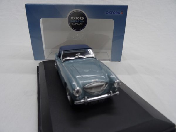 Austin Healey 100 With Softtop Blue 1-43 Oxford