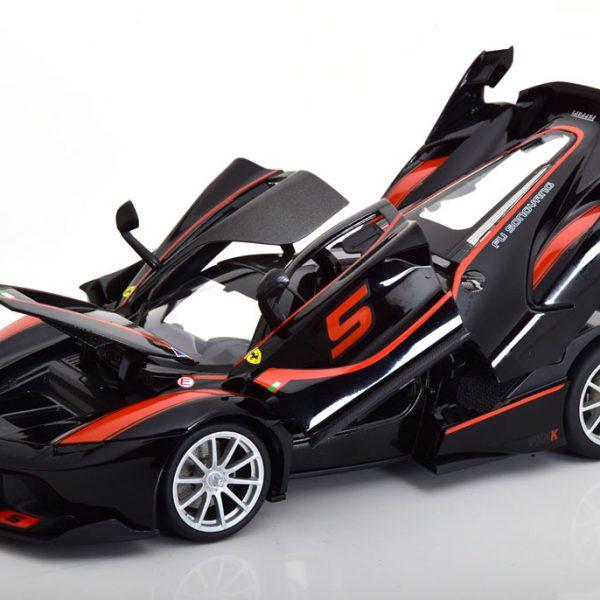 Ferrari FXX K No.5 2015 Zwart/Rood 1:18 Burago