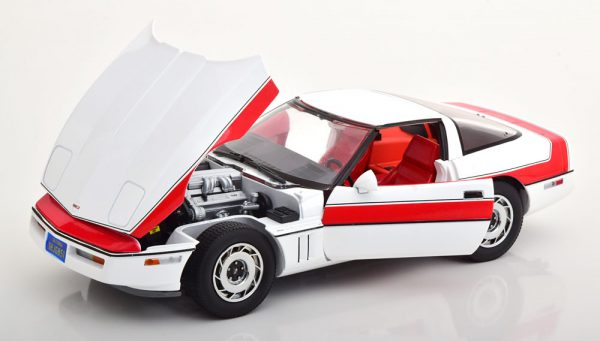 "Chevrolet Corvette 1984 "" A-Team"" Wit / Rood 1-18 Greenlight Collectibles"