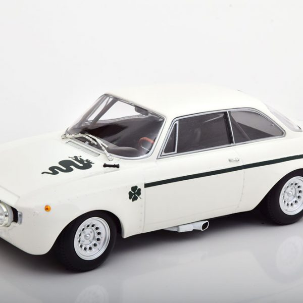 Alfa Romeo GTA 1300 Junior 1971 Wit 1-18 Minichamps Limited 330 Pieces