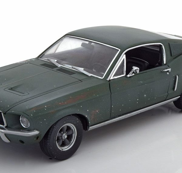 "Ford Mustang GT Fastback ""unrestored Bullit"" 1968 Steve McQueen 1-18 Greenlight Collectibles"