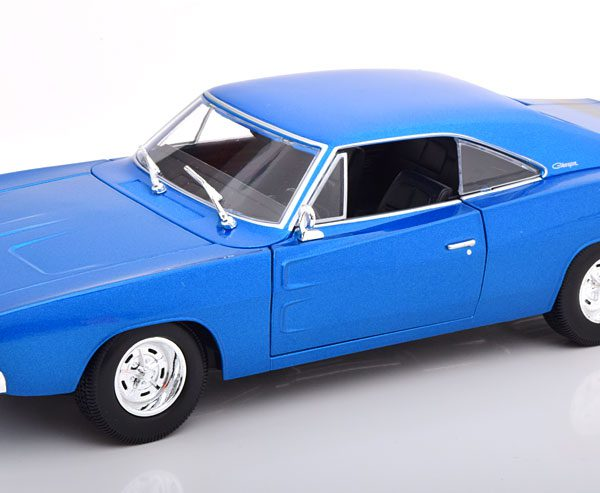 Dodge Charger R/T 1969 Blauw Metallic 1-18 Maisto